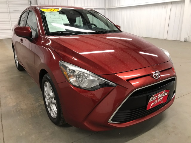 Pre-Owned 2018 Toyota Yaris iA Base FWD 4D Sedan